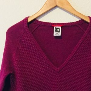 The North Face Women's V-Neck Pullover Sweater